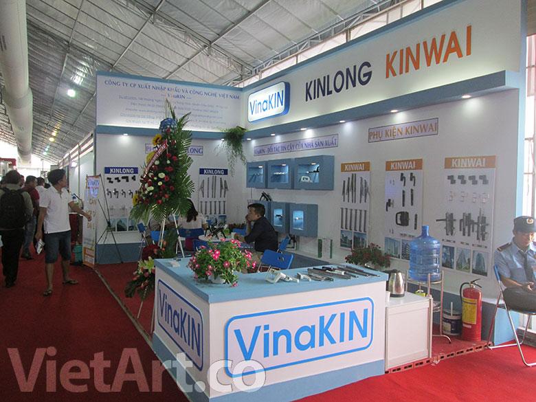 Hình ảnh gian hàng VinaKin tại Vietbuild 2015